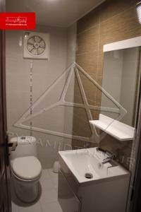 pyramid_pv-1-8