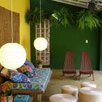 دیزاین داخلی تراس با گیاهان سبز