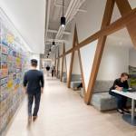 دكوراسيون داخلي با پوشش های متنوع دیوار در شرکت AAA