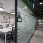 نماي داخل ساختمان اداری  Microsoft