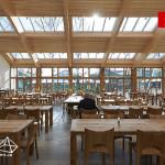 دکوراسیون رستوران با سقف شیشه ای